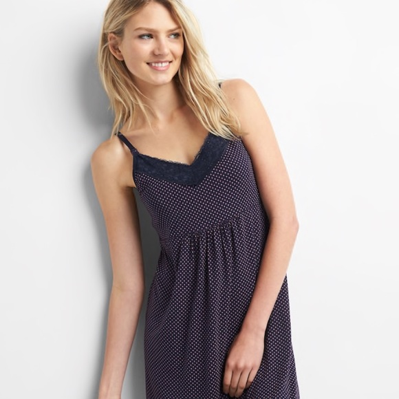 2626d5cae7 NWT Gap Maternity and nursing nightgown small